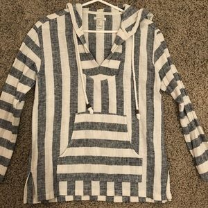 Loose beach striped pullover